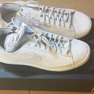 Nike Blazer Low CS TC Sail Summit White Size 9.5